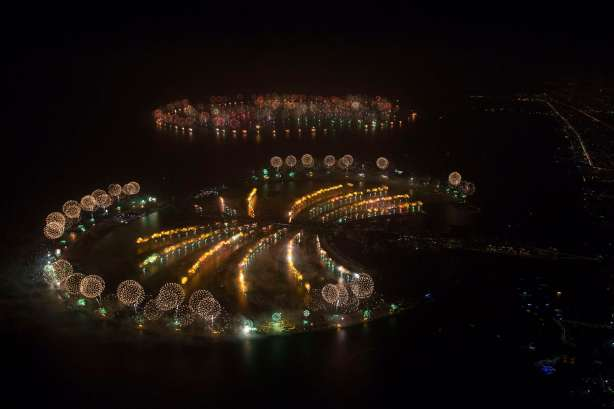 Dubai delivers world record in grand New Year celebration, true to reputation